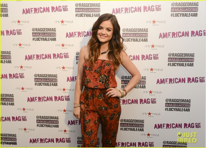 lucy-hale-all-access-mall-meet-up-19 (700x504, 109Kb)