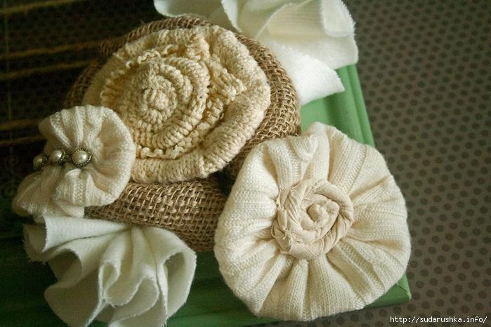 Sweater Flower 060_edited-1[3] (700x466, 286Kb)