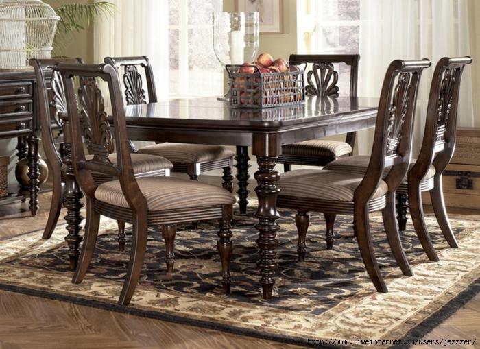 стол обеденный (700x509, 330Kb)