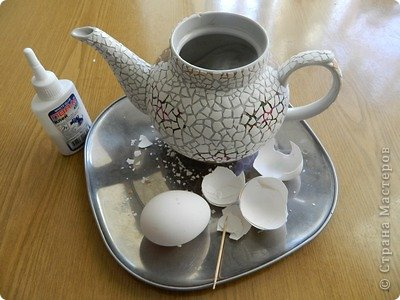 Кашпо из чайника, декорирование яичным кракле (3) (400x300, 110Kb)