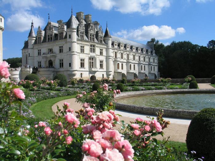 3. Франция.  Дамский Замок  Шенонсо (700x525, 495Kb)