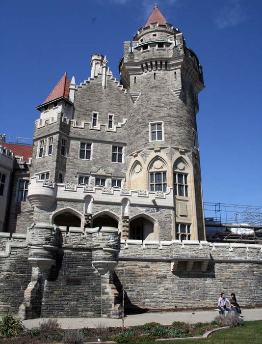 6. Канада. Замок Каса Лома 1 (534x700, 350Kb)