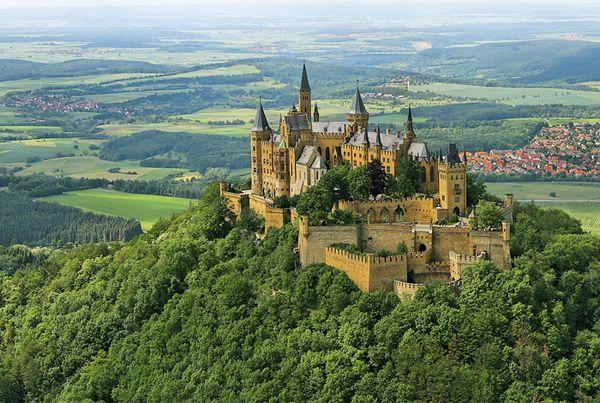 12. Замковая крепость Гогенцоллерн (600x403, 308Kb)
