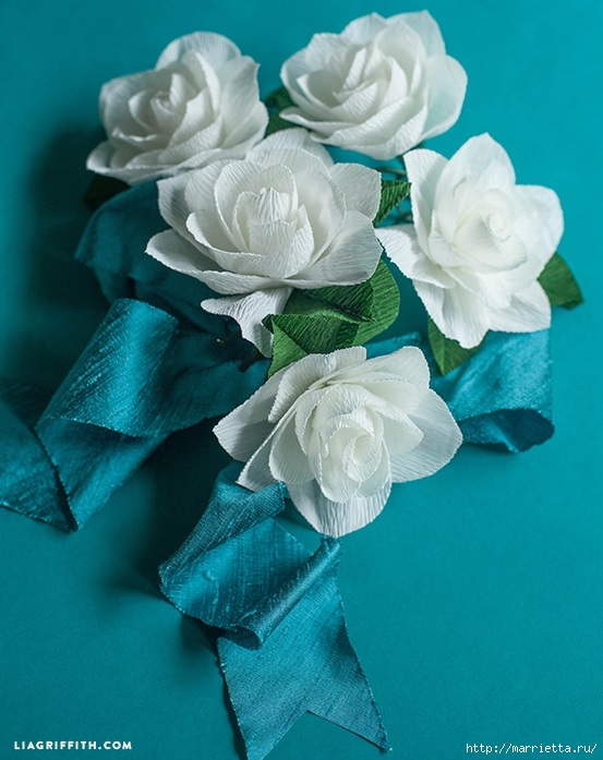 Цветы ГАРДЕНИИ из гофрированной бумаги (1) (553x697, 219Kb)
