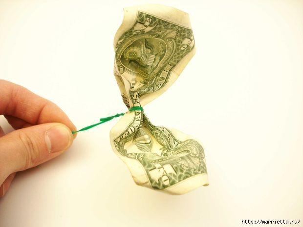 Денежный букет из долларовых розочек (10) (620x465, 77Kb)