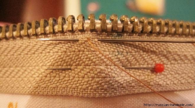 как вшить молнию при пошиве косметички (4) (661x366, 149Kb)