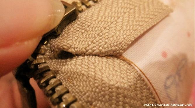 как вшить молнию при пошиве косметички (6) (668x371, 137Kb)