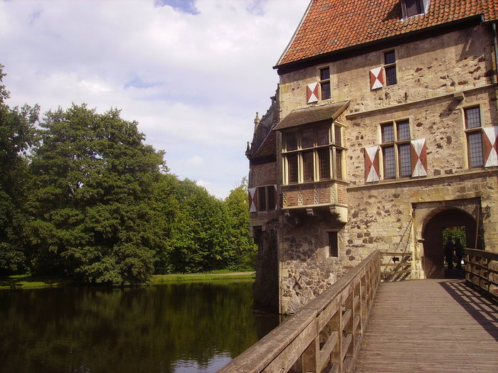 Castle_Vischering_in_Ludinghausen_16 (700x525, 108Kb)