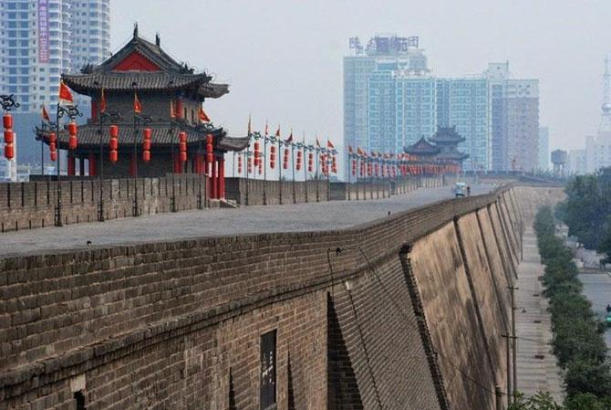 китайская стена город Сиань 1 (670x449, 229Kb)