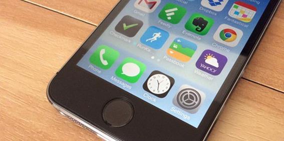 Как удалить царапины на экране iPhone и iPad