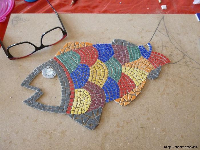 Мозаика на подносах. Мастер-класс и замечательные идеи (81) (700x525, 314Kb)