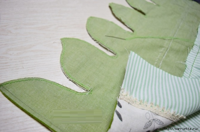 Bolsa de la materia textil por un rollo de papel higiénico.  Cosa a sí mismos (11) (670x445, 148Kb)