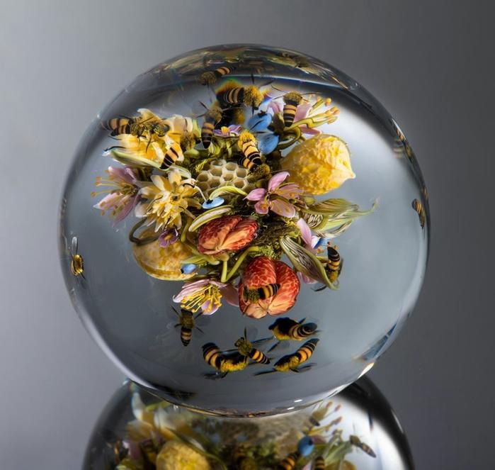стеклянные шары Paul Stankard 7 (700x663, 240Kb)