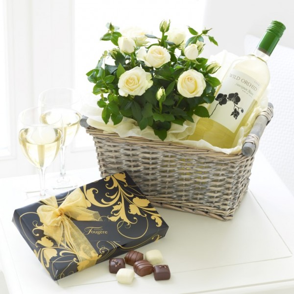 5320643_luxurywhitewinegiftbasket (600x600, 77Kb)