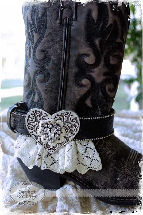 Казаки с завлекалочкой. Стильное декорирование ремнями женских сапог (1) (466x700, 265Kb)