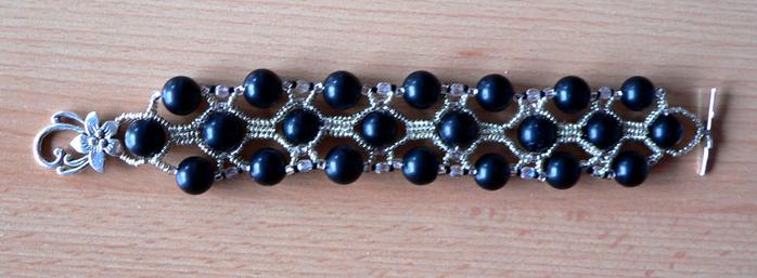 Классные браслеты с бисера