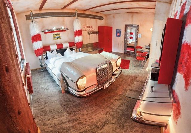 автомобильный отель V8 германия 4 (639x447, 205Kb)