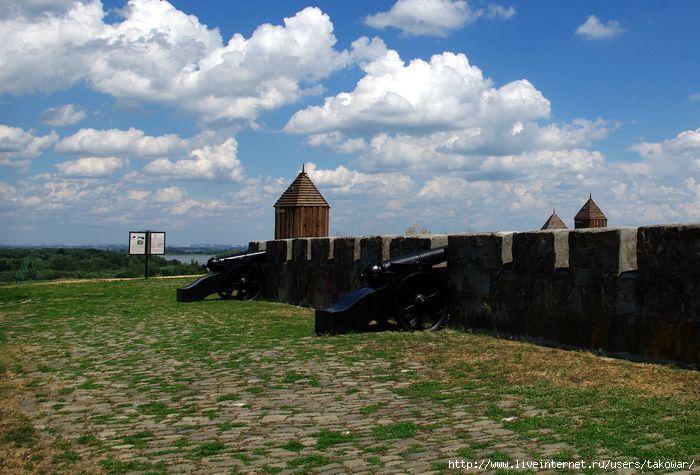 Азов. Крепостной вал/1413032_IMGP9932 (700x475, 183Kb)