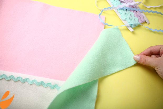 Одеяло с бабочками для детской кроватки. Шьем сами (10) (620x413, 323Kb)