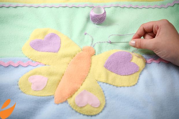 Одеяло с бабочками для детской кроватки. Шьем сами (17) (620x413, 349Kb)