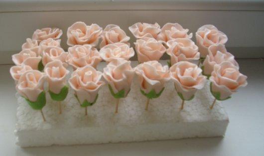 Свадебные торты и цветы из домашней мастики