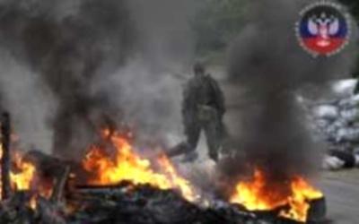 Бои в Славянске 10 прорвались ополченцы (400x250, 25Kb)