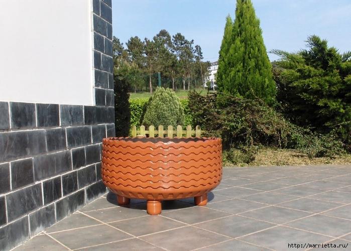 Пуфик, кашпо для цветов и мягкий эко-стульчик из покрышек (20) (700x500, 299Kb)