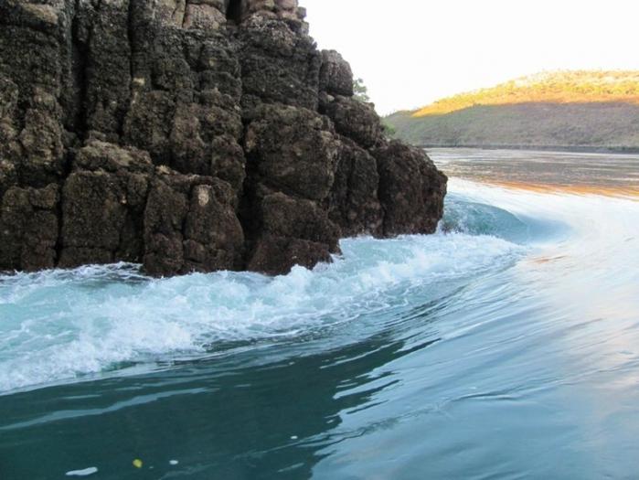 гориз. водопад 3 (700x525, 327Kb)
