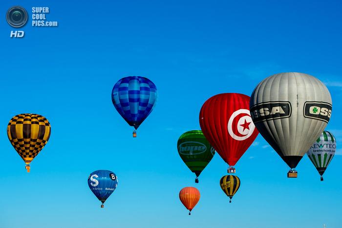 фестиваль воздушных шаров в испании фото 2 (700x466, 299Kb)