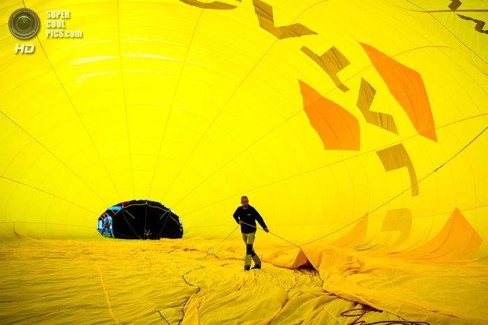 фестиваль воздушных шаров в испании фото 7 (700x466, 386Kb)