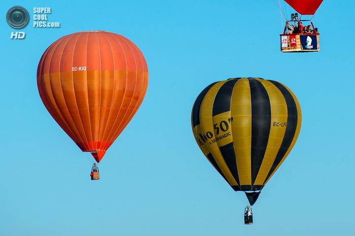 фестиваль воздушных шаров в испании фото 11 (700x466, 302Kb)