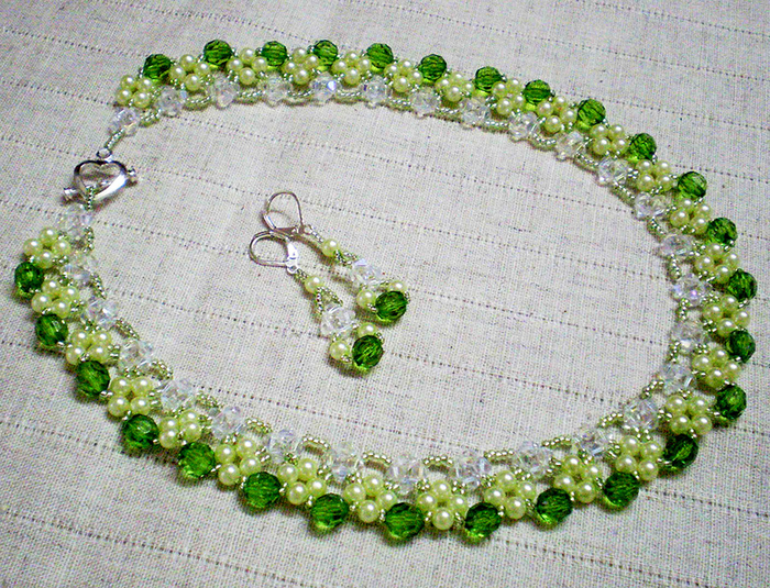 free-beading-tutorial-crystal-necklace-1 (700x535, 666Kb)
