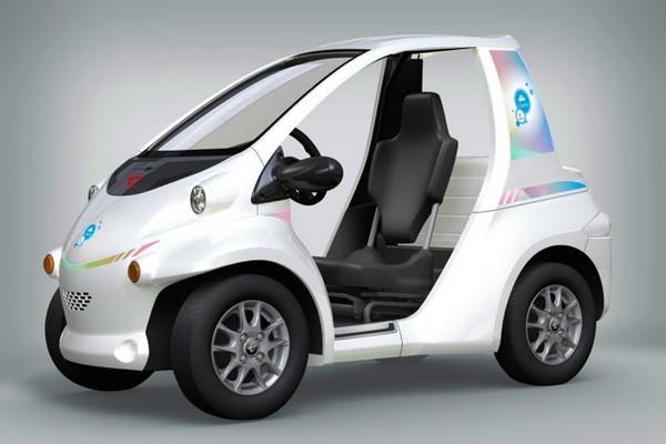 городской электромобиль Toyota i-ROAD 2 (600x400, 119Kb)