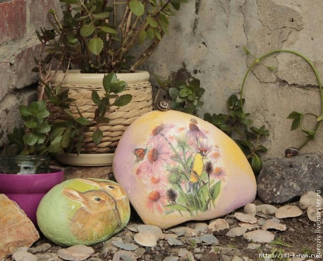 декупаж камней, как сделать декупаж на камнях, как украсить камнями сад,