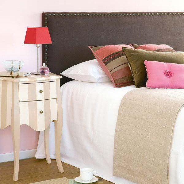 how-to-choose-nightstands-to-upholstery-headboard-color4-3 (600x600, 216Kb)
