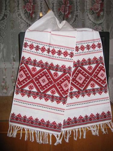 Украинские вышитые рушники и вышиванки (6) (375x500, 197Kb)