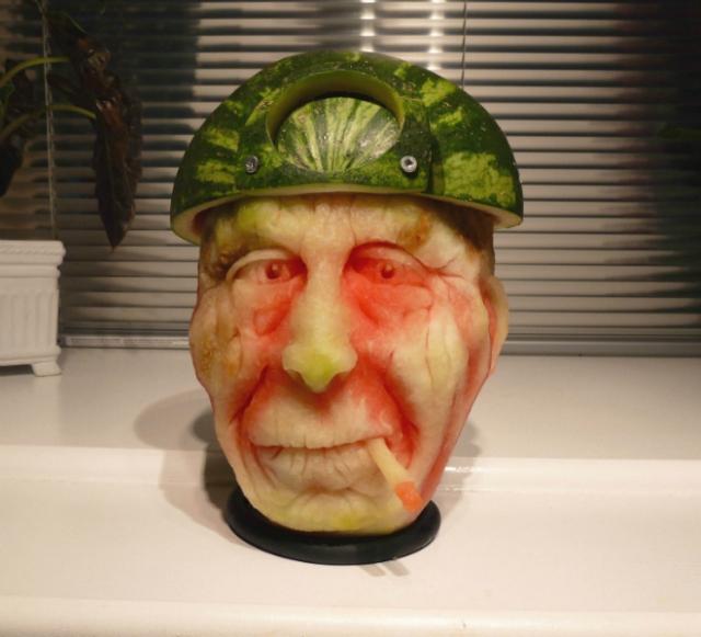 1404634281_miner-watermelon (640x581, 321Kb)