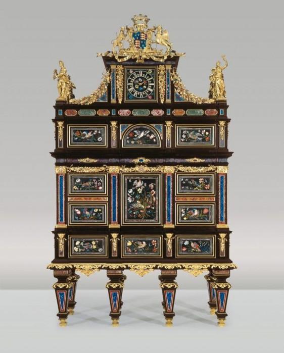 3937404_LiechtensteinMuseum1640x796 (562x700, 85Kb)