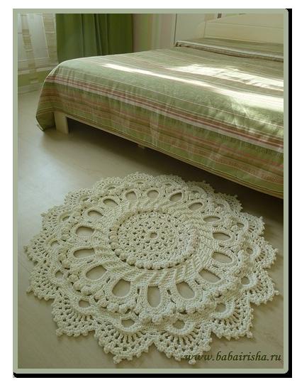 Фото вязаных ковриков. -------
