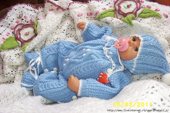Вязанные своими руками костюмы для новорожденных