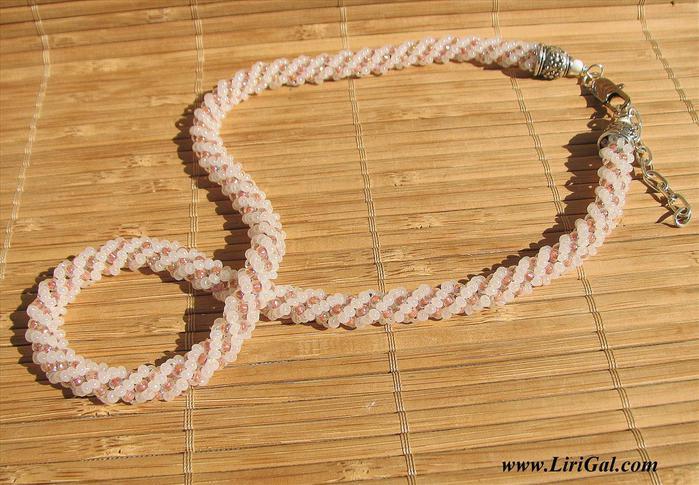 Вяжем жгут из бисера с крючком