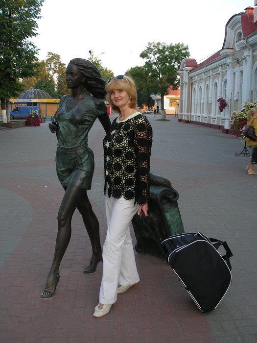 В Молодечно с девушкой (525x700, 81Kb)