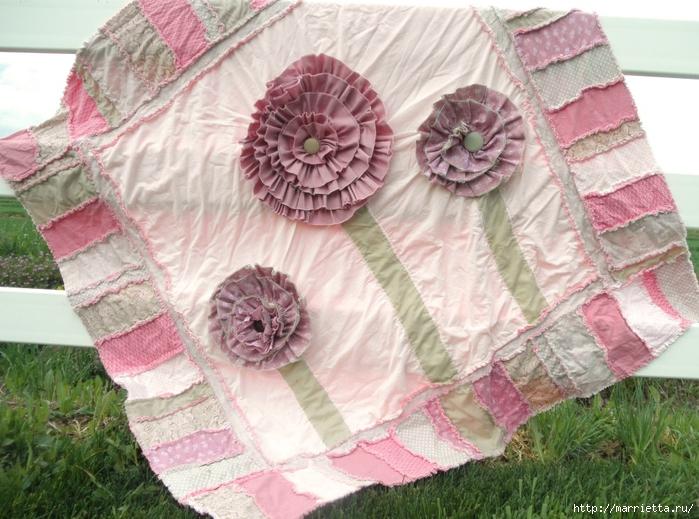 Лоскутное одеяло с крупными цветами (5) (700x519, 308Kb)