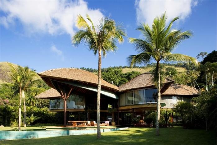 большой красивый дом фото 1 (700x466, 260Kb)