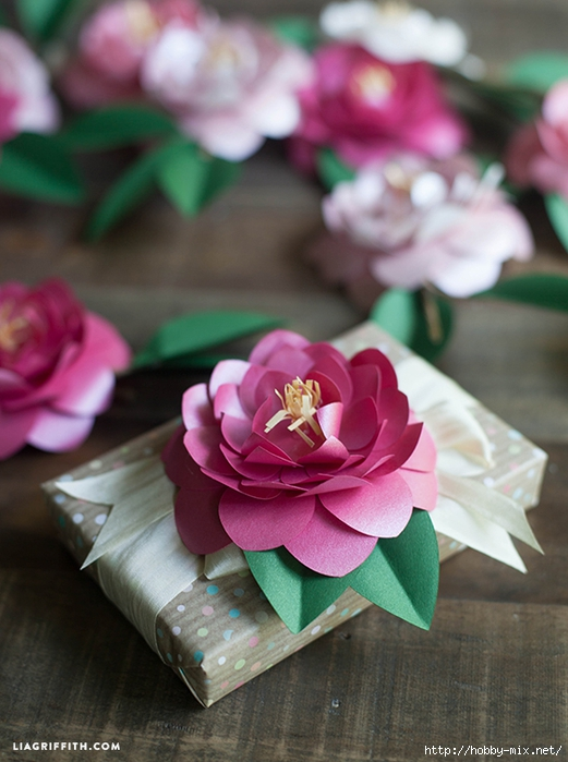 Metallic_Paper_Camellia_Gift_Topper_DIY (521x700, 245Kb)