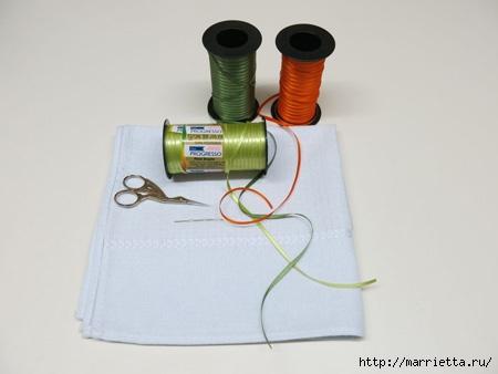 Как украсить полотенце вышивкой лентами. 4 мастер-класса (10) (450x338, 57Kb)