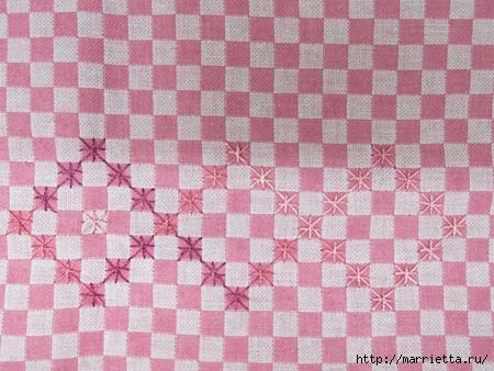 Как украсить полотенце вышивкой лентами. 4 мастер-класса (58) (450x338, 154Kb)