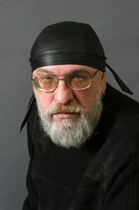 Дмитрий-Иконников-фото-с-персонального-сайта-автора- (200x301, 55Kb)
