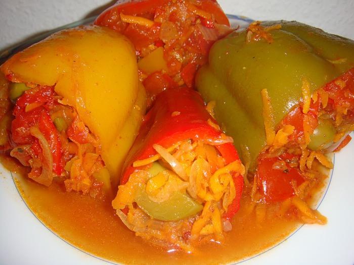 перец, фаршированный овощами (700x525, 101Kb)