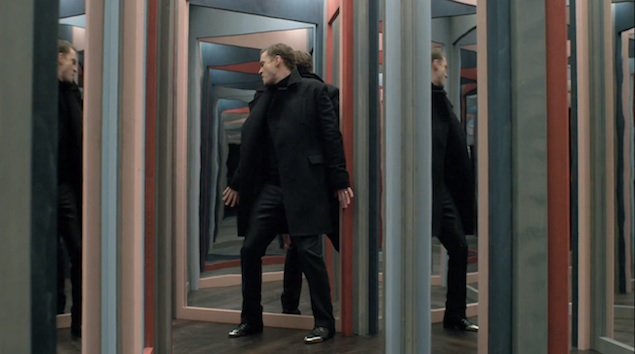 Justin-Timberlake-wears-Christian-Louboutin-Gareth-Zip-Mens-Flat-in-Mirrors-Music-Video-1 (635x354, 62Kb)